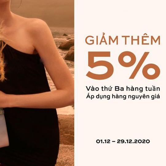 LYN khuyến mãi 5% sản phẩm nguyên giá